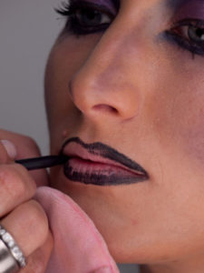 Black Magic Hexe Lippen 2