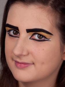 Kleopatra - Weiß-zwischen-Lidstriche