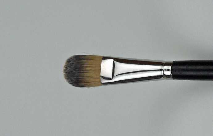 Pinsel – breiter flacher fester Pinsel