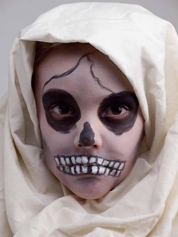 verkleidung mumie gesicht schminken k st m selber machen. Black Bedroom Furniture Sets. Home Design Ideas