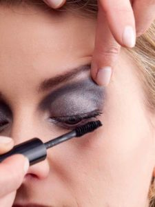 Party Look - Wimperntusche 1