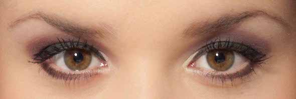 Schlupflider schminken richtig kaschieren anleitung for Schlupflieder schminken