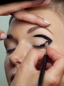Schwarzer Eyeliner 2