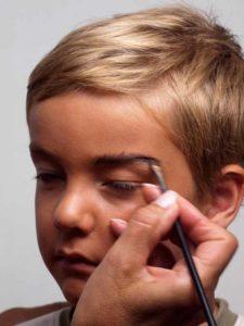 Augenbrauen schminken 1