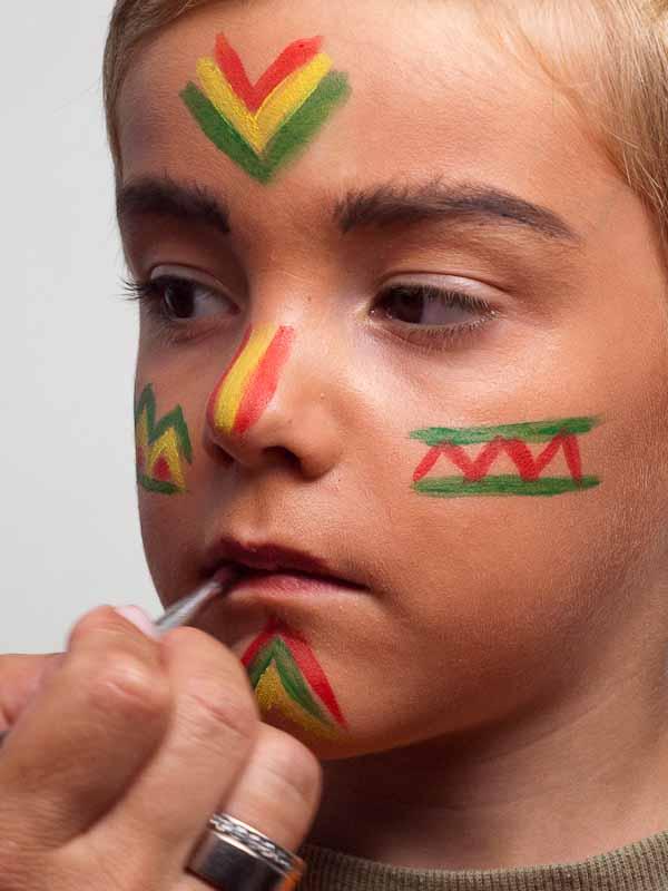Kinderschminken Indianer – Schminkanleitung