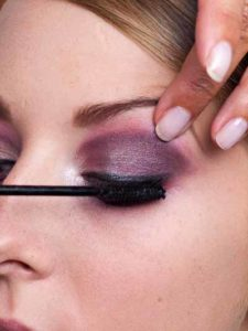 Twilight Look - Wimpern tuschen 1