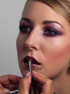 Twilight Look - Lippen schminken 2