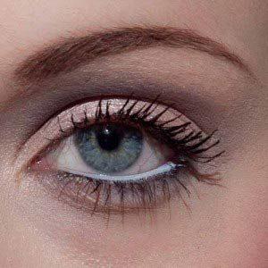 Augen betonen – weißer Kajalstrich