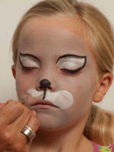 Kinderschminken Katze - Katzenschnute malen 1