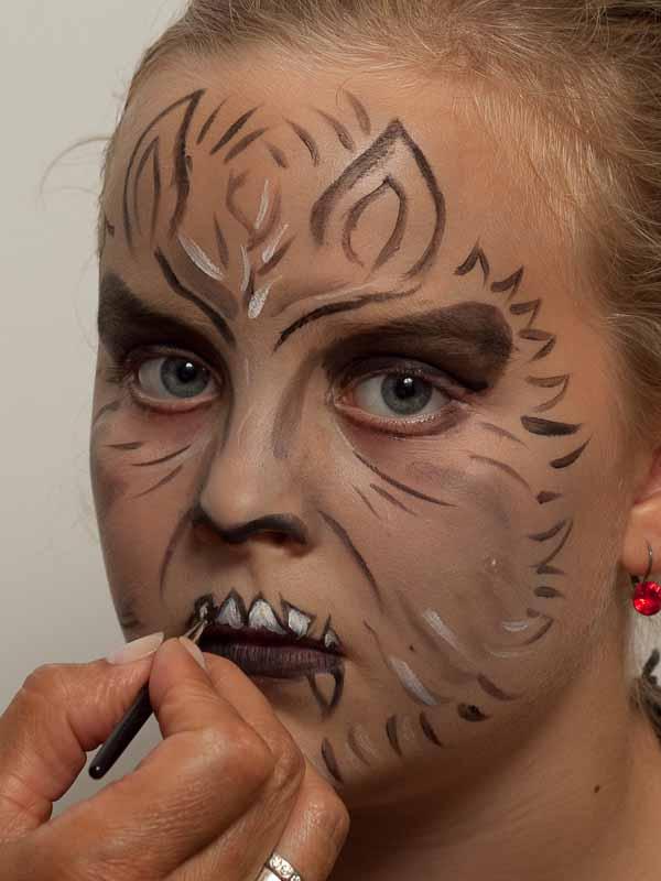Werwolf schminken – Schminkanleitung