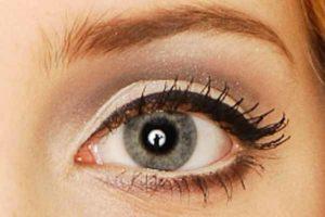 Schminktipps & Eyeliner Trend - Augen Make up 60ger Jahre