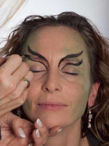 Als zauberhafte Fee für Karneval schminken - Augen Make up 1