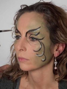 Als zauberhafte Fee für Karneval schminken - Ornamente 2