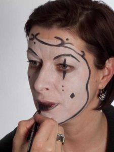 Pierrot - Schminken für Karneval - Augen Make up 2