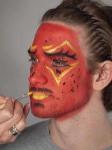 Teufel - klassische Variante in rot schminken Lippen