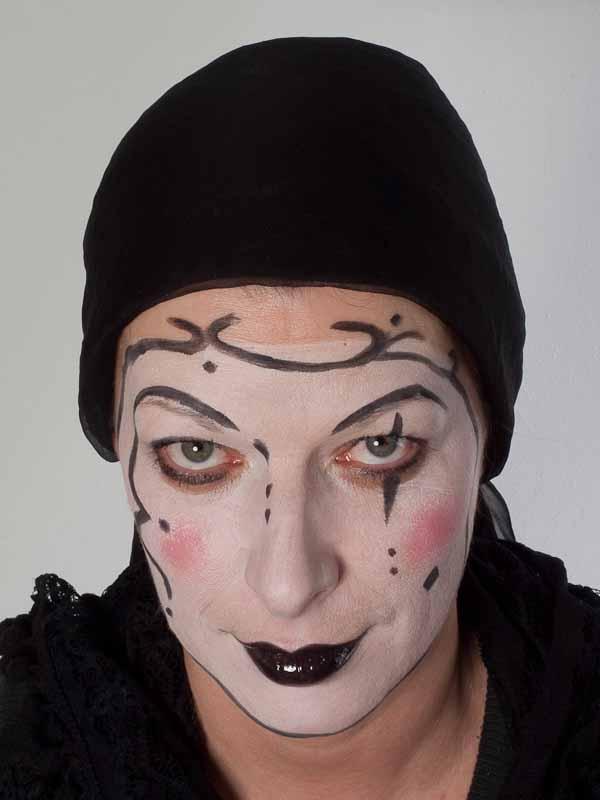 Pierrot – Schminken für Karneval – Vorher Nachher