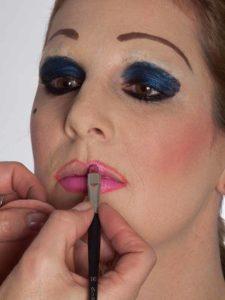 Katzenberger - schminken und Kostüm für Karneval selber machen - Lippen 1