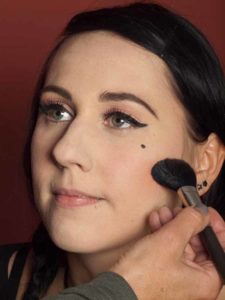 Dita von Teese - Make up Look schminken - Rouge