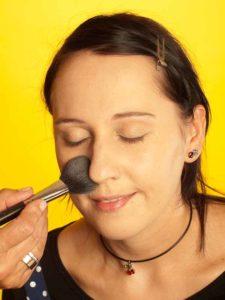 Katy Perry Make up Look schminken - Puder