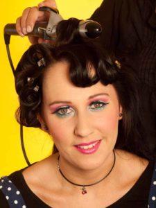Katy Perry Make up Look schminken - Frisur