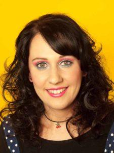 Katy Perry Make up Look schminken ohne künstliche Wimpern 3