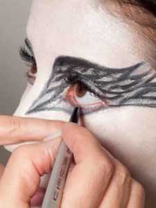 Black Swan Look & Kostüm - Augen make up Finish 2