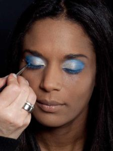 Motsi Mabuse Make up Look - Lidstrich Wimpernrand 2