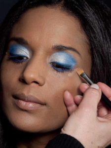 Motsi Mabuse Make up Look - Concealer 1