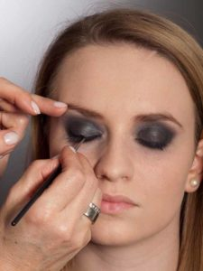 Aktueller Smokey Eyes Look  - Wimpernrand 1