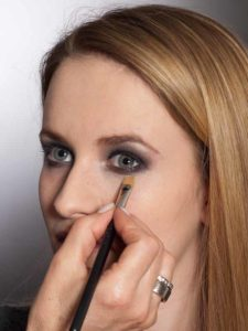 Aktueller Smokey Eyes Look  - Concealer 1