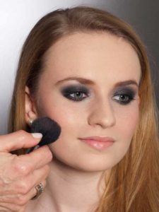 Aktueller Smokey Eyes Look  - Rouge 2