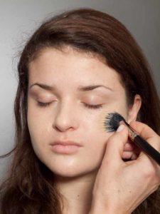 Adele Make up Look - Grundierung