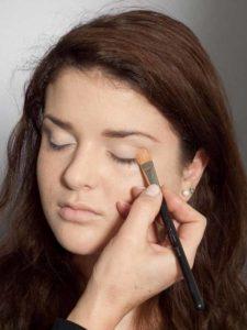 Adele Make up Look - Lidschattenbase 1