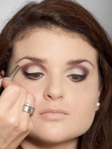 Adele Make up Look - Highlighter 2