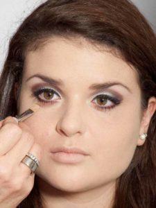 Adele Make up Look - Concealer 1