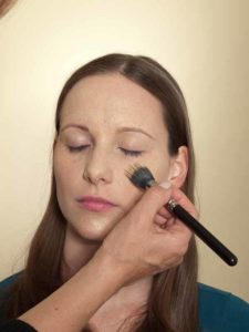 Business Make up Look - Grundierung 1