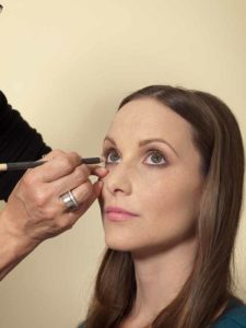 Business Make up Look - Kajal auftragen 1