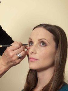 Business Make up Look - Kajal auftragen 1