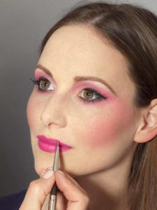 Pink Lady Make up Look – Lippen ausfüllen 1