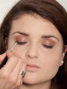 Natürliches Make up - Feiner Lidstrich 2
