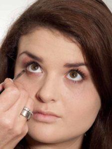 Natürliches Make up - Unterer Lidstrich 1