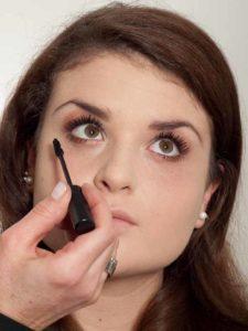 Natürliches Make up - Untere Wimpern