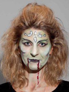 Halloween aktuelle Trends weiblicher Vampir