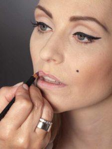 Marilyn Monroe Look Lippenkontur 1