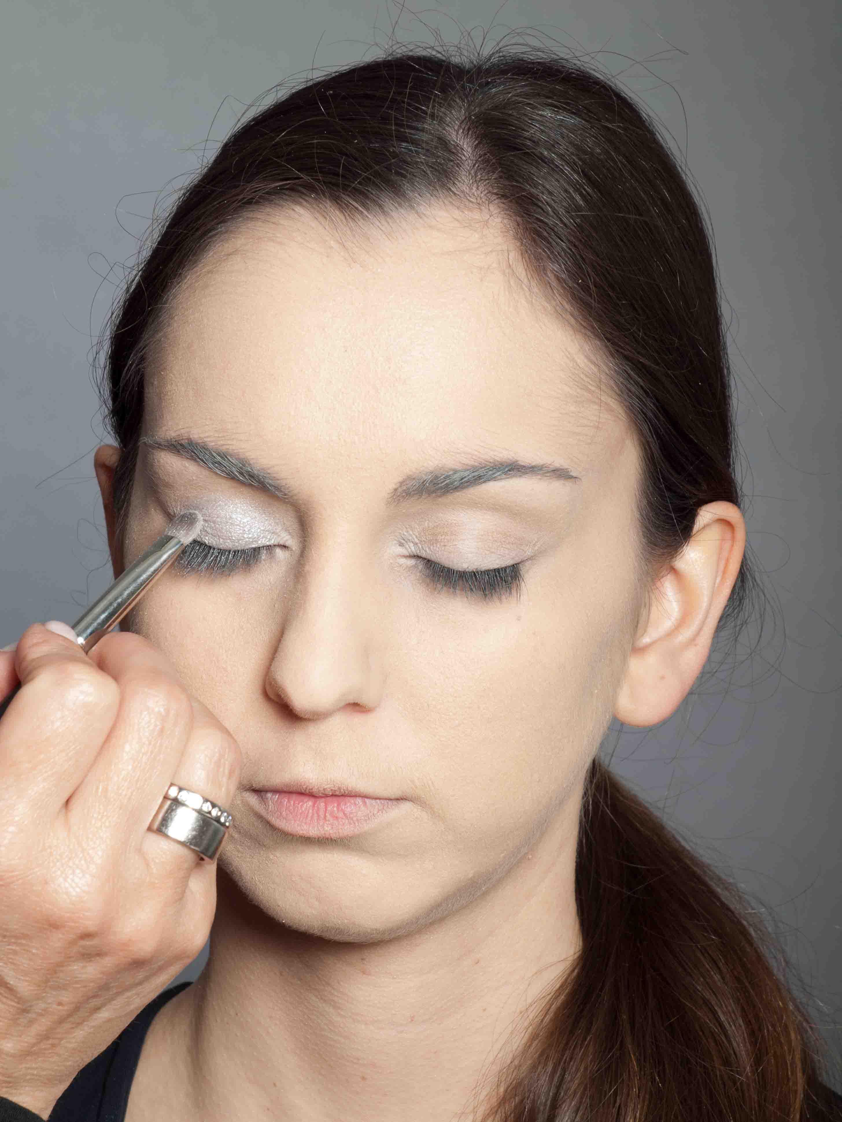 Metallic Look Augen Make up Lidschatten 1