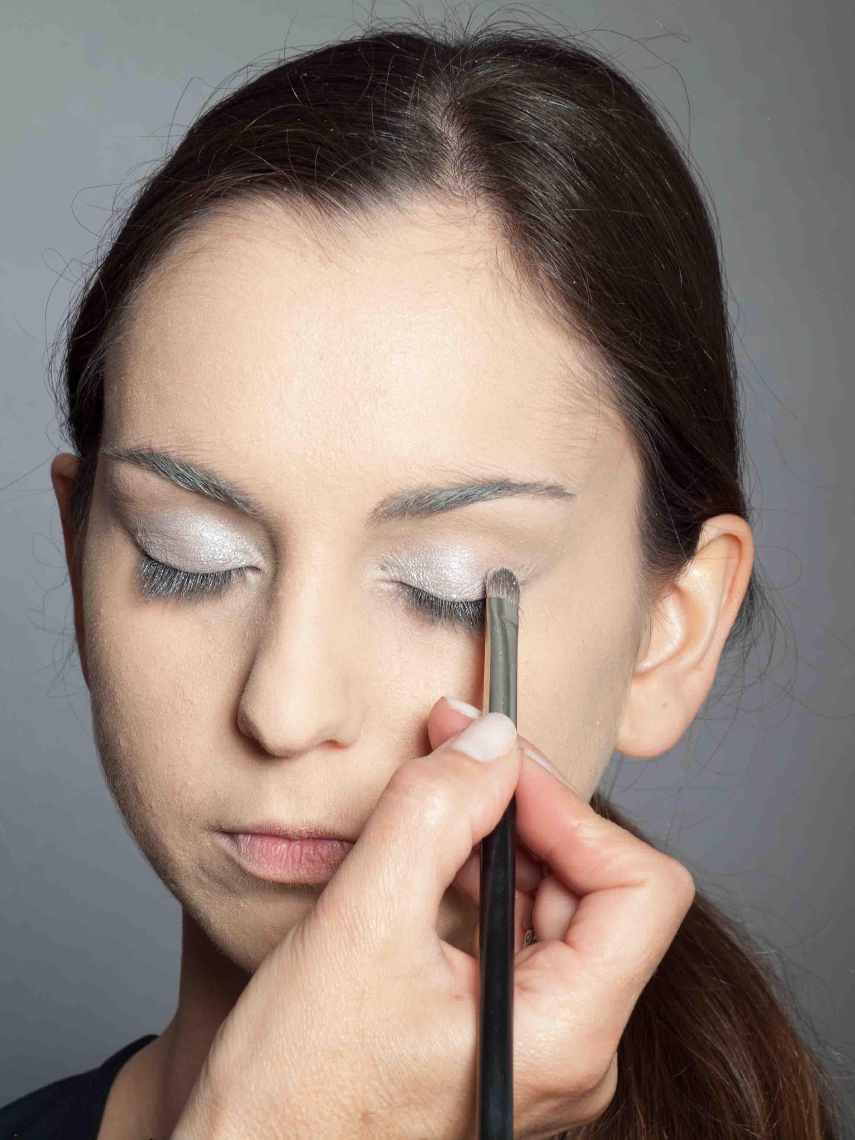 Metallic Look Augen Make up Lidschatten 2