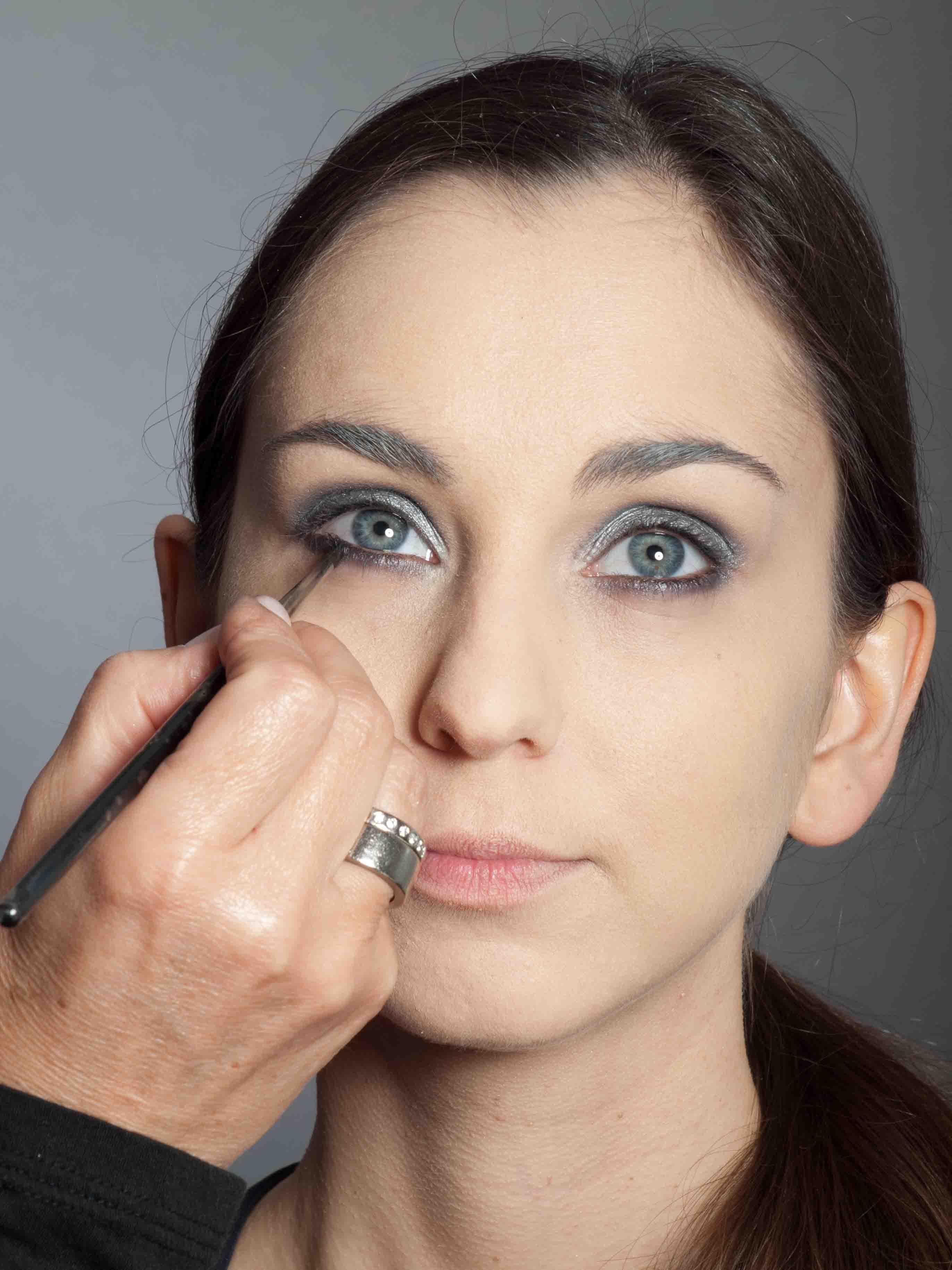 Metallic Look Augen Make up - Unterer Wimpernrand 1