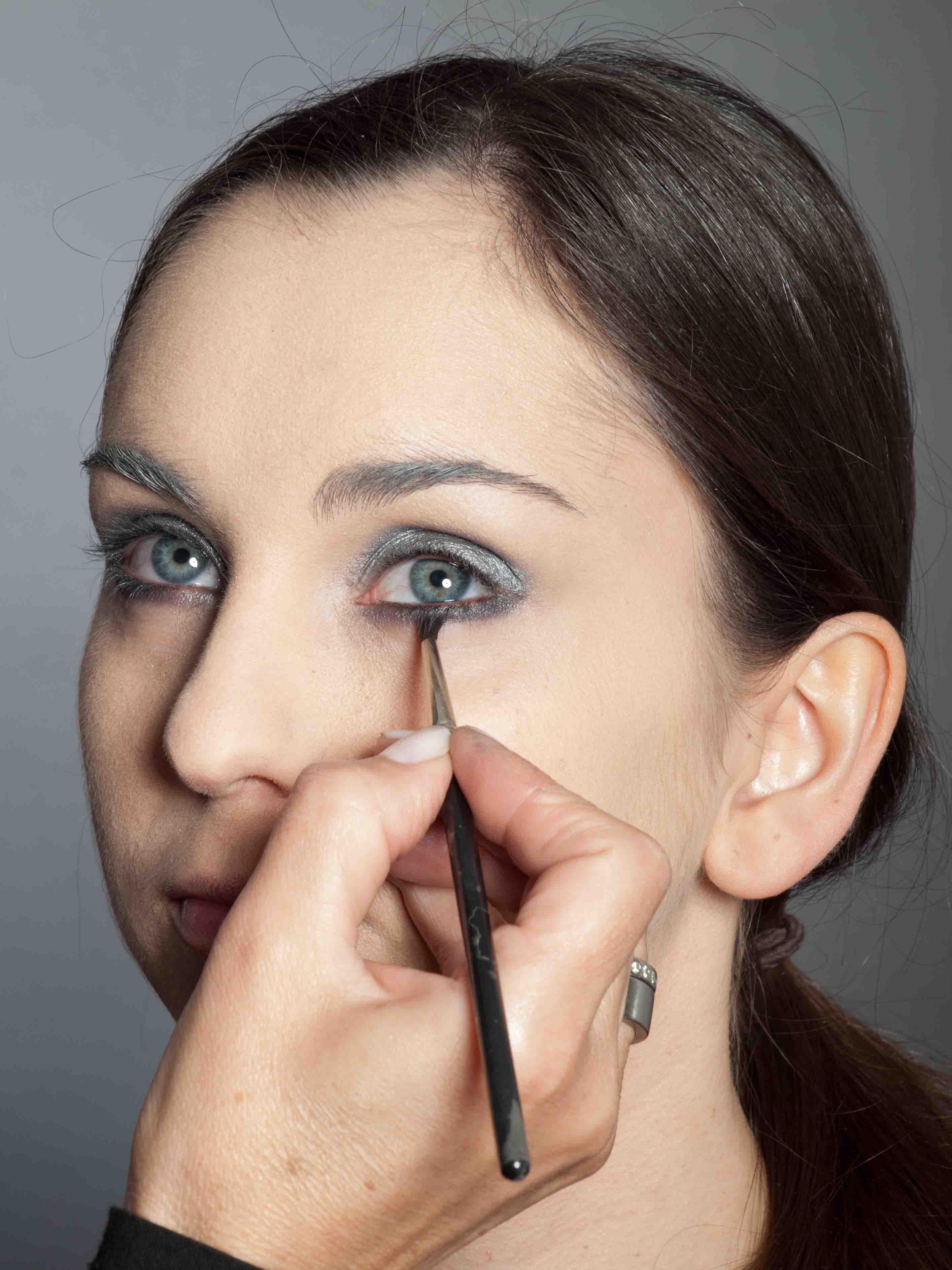 Metallic Look Augen Make up - Unterer Wimpernrand 2