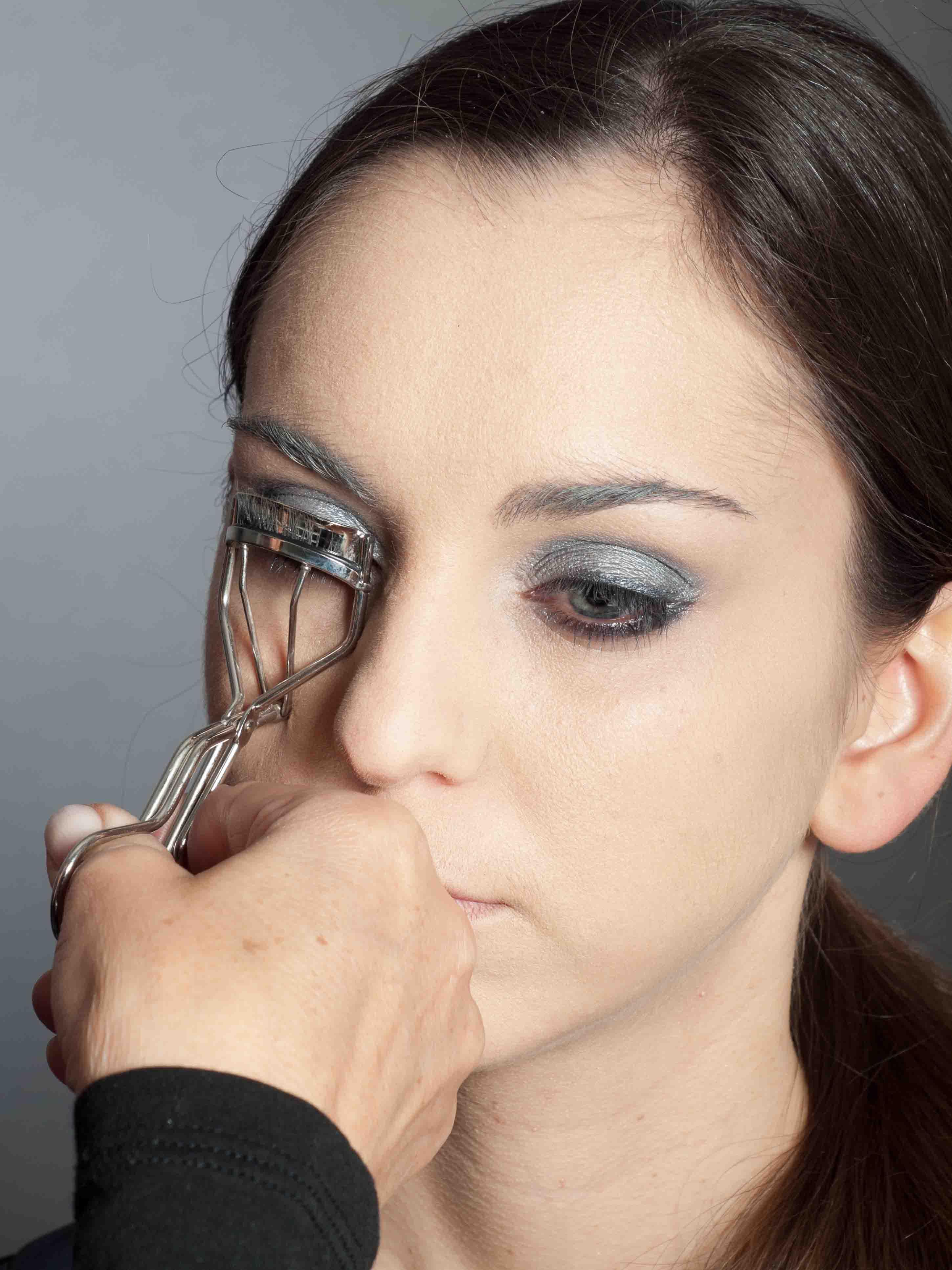 Metallic Look Augen Make up Wimpern schminken 1