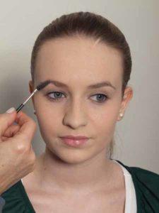Nude Look, natürliches Make up - Augenbrauen 1